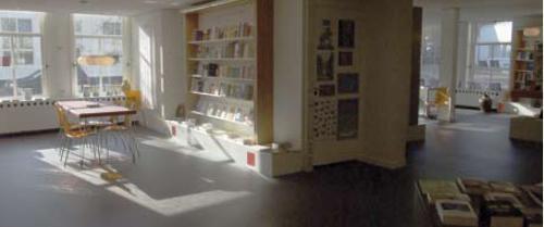 Pentagram boekwinkel Bakenessergracht 1 Haarlem