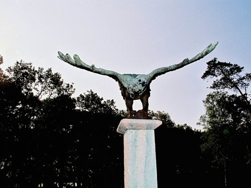 symboliek adelaar beeld conferentieoord Renova in Bilthoven